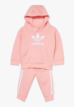 adidas Originals - TREFOIL HOODIE SET - Survêtement - glow pink/white