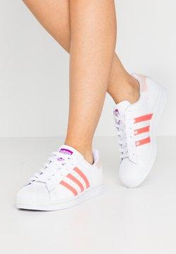 adidas Originals - SUPERSTAR  - Sneaker low - footwear white/signal pink/shock pure