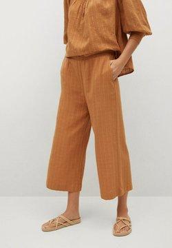 Mango - Trousers - marron moyen