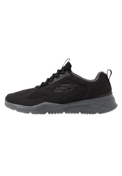 Skechers Sport - EQUALIZER 4.0 - Sneaker low - black/hot melt/charcoal