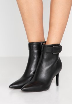 Calvin Klein - GITAR - Ankle Boot - black
