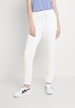 Pieces - PCCHILLI SUMMER PANTS - Jogginghose - bright white