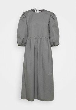 Selected Femme - SLFCATALINE  - Sukienka letnia - grey
