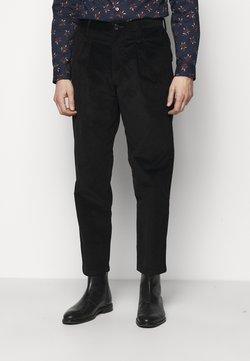 PS Paul Smith - MENS DOUBLE POCKET  - Pantaloni - black