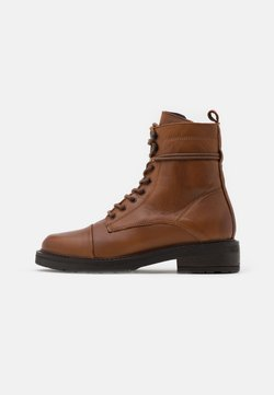 Pavement - CHARLEY - Veterboots - brown