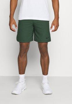 Nike Performance - VENT MAX - kurze Sporthose - galactic jade/black