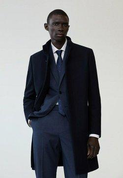 Mango - FUNNEL-I - Klasyczny płaszcz - dunkles marineblau