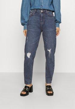 Pieces Petite - PCKESIA MOM  - Jeans Tapered Fit - medium blue denim