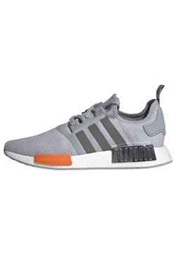 adidas Originals - NMD_R1 SHOES - Sneakersy niskie - grey