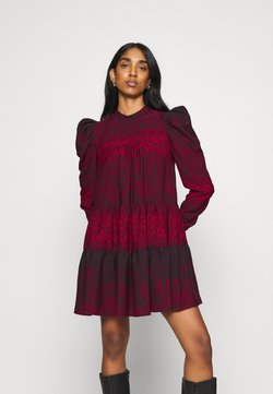 Topshop - TIERED MINI CHUNK ON - Freizeitkleid - red