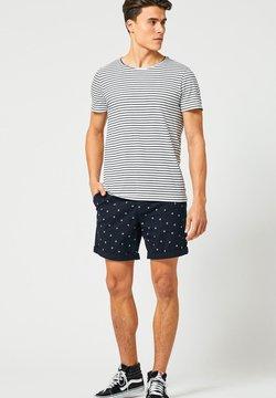 America Today - TOOK - T-Shirt basic - white/navy