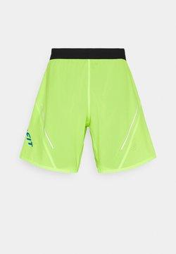 Dynafit - ALPINE PRO SHORTS - Pantalón corto de deporte - fluorescent yellow