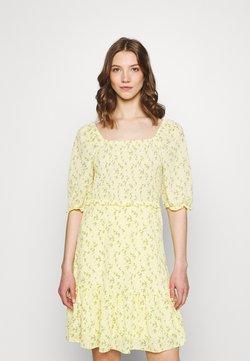 ONLY - ONLPELLA DRESS - Freizeitkleid - sunshine