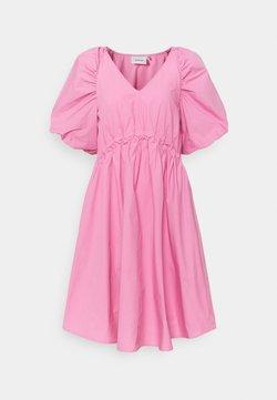 Gestuz - SCARLETT DRESS - Sukienka letnia - cashmere rose