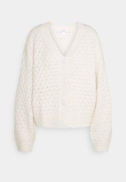 Monki - NINNI CARDIGAN - Strickjacke - off-white