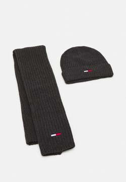 Tommy Jeans - BASIC SCARF BEANIE SET   - Schal - dark grey melange