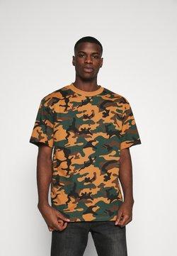 Karl Kani - SMALL SIGNATURE CAMO TEE - T-shirt con stampa - green/brown