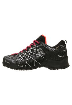Salewa - WILDFIRE GTX - Hikingschuh - black/white