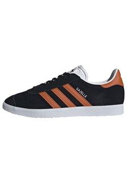 adidas Originals - GAZELLE SHOES - Sneaker low - cblack/foxora/ftwwht