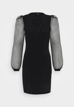 Vero Moda Petite - VMALBERTA PUFF V-NECK DRESS  - Vestido ligero - black
