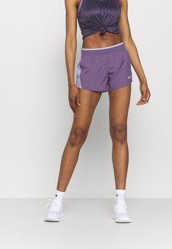 Nike Performance - 10K SHORT - kurze Sporthose - amethyst smoke/purple dawn/amethyst smoke/wolf grey