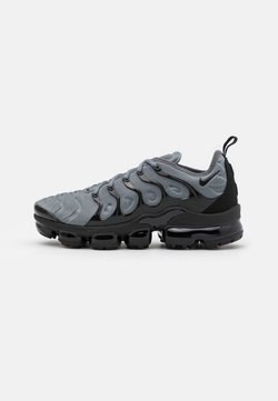 Nike Sportswear - AIR VAPORMAX PLUS UNISEX - Sneaker low - cool grey/black
