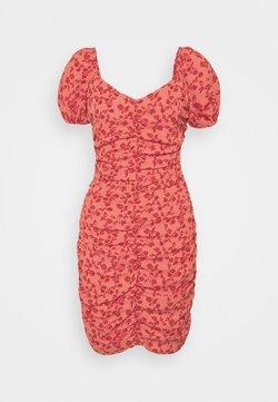VILA PETITE - VIPHILLA RUCHED DRESS - Etuikleid - barberry