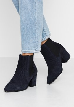 Bianco Wide Fit - WIDE FIT BIACIA CHELSEA - Ankle Boot - navy blue