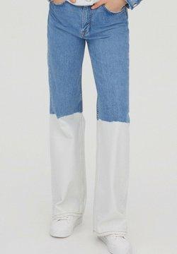 PULL&BEAR - Jeans a zampa - blue