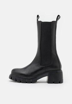 Kaltur - HIGH SHAFT CHELSEA - Platform boots - black