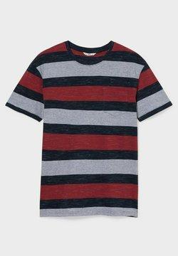 C&A - T-Shirt print - grey / black / red