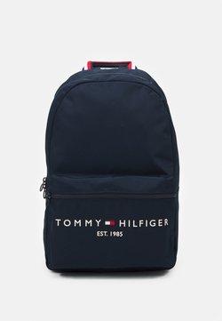 Tommy Hilfiger - ESTABLISHED BACKPACK - Reppu - desert sky