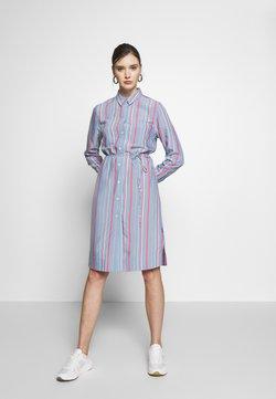 Calvin Klein - STRIPE BELTED DRESS - Freizeitkleid - blue heaven/pink