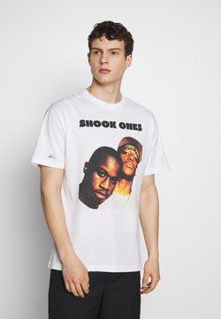 Chi Modu - SHOOK ONES - T-Shirt print - white / black