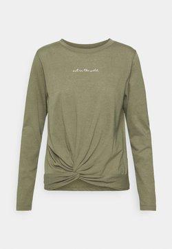 Hunkemöller - Nachtwäsche Shirt - four leaf clover