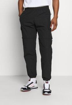 adidas Originals - UTILITY TWO IN ONE ORIGINALS - Bojówki - black
