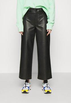 ONLY - ONLMADISON WIDE CROP - Pantalon classique - black