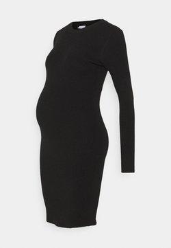 Pieces Maternity - PCMPENNY O NECK DRESS - Sukienka dzianinowa - black