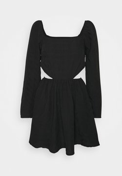 Missguided - CUT OUT SIDE SQUARE NECK DRESS CRINKLE - Freizeitkleid - black
