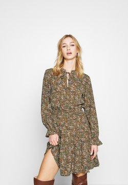 ONLY - ONLLIMA VERA DETAIL DRESS - Day dress - rust