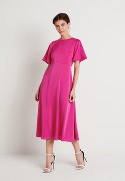 NA-KD - ZALANDO X NA-KD WIDE FLOWY SLEEVE MIDI DRESS - Vestido informal - cerise