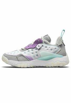 Jordan - DELTA - Chaussures de basket - platinum tint/white/particle grey/dark smoke grey
