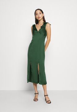 Chi Chi London - PAOLA DRESS - Cocktail dress / Party dress - green