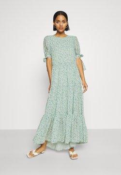 Sister Jane - RIVAL FLORAL TIERED DRESS - Maxi-jurk - green