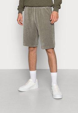 Weekday - KYE  - Shorts - grey