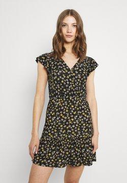 JDY - JDYGITTE SVAN CAPSLEEVE DRESS - Freizeitkleid - black /yellow