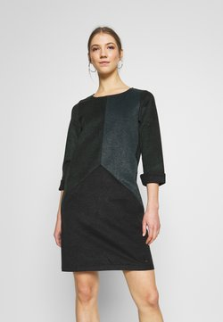 Nümph - NUKWANO DRESS - Vestido informal - ponderosa
