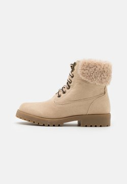Cotton On - TREKKER HIKING BOOT - Veterboots - semolina