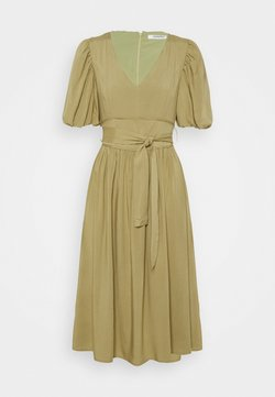 Glamorous - MIDI DRESSES WITH PUFF SLEEVES LOW V-NECK AND TIE BELT - Vestido informal - sage