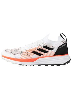 adidas Performance - TERREX TWO PARLEY - Trail hardloopschoenen - crystal white/core black/solid red